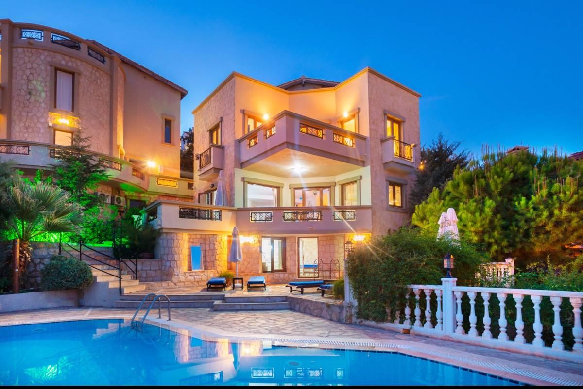 Villa İkbal